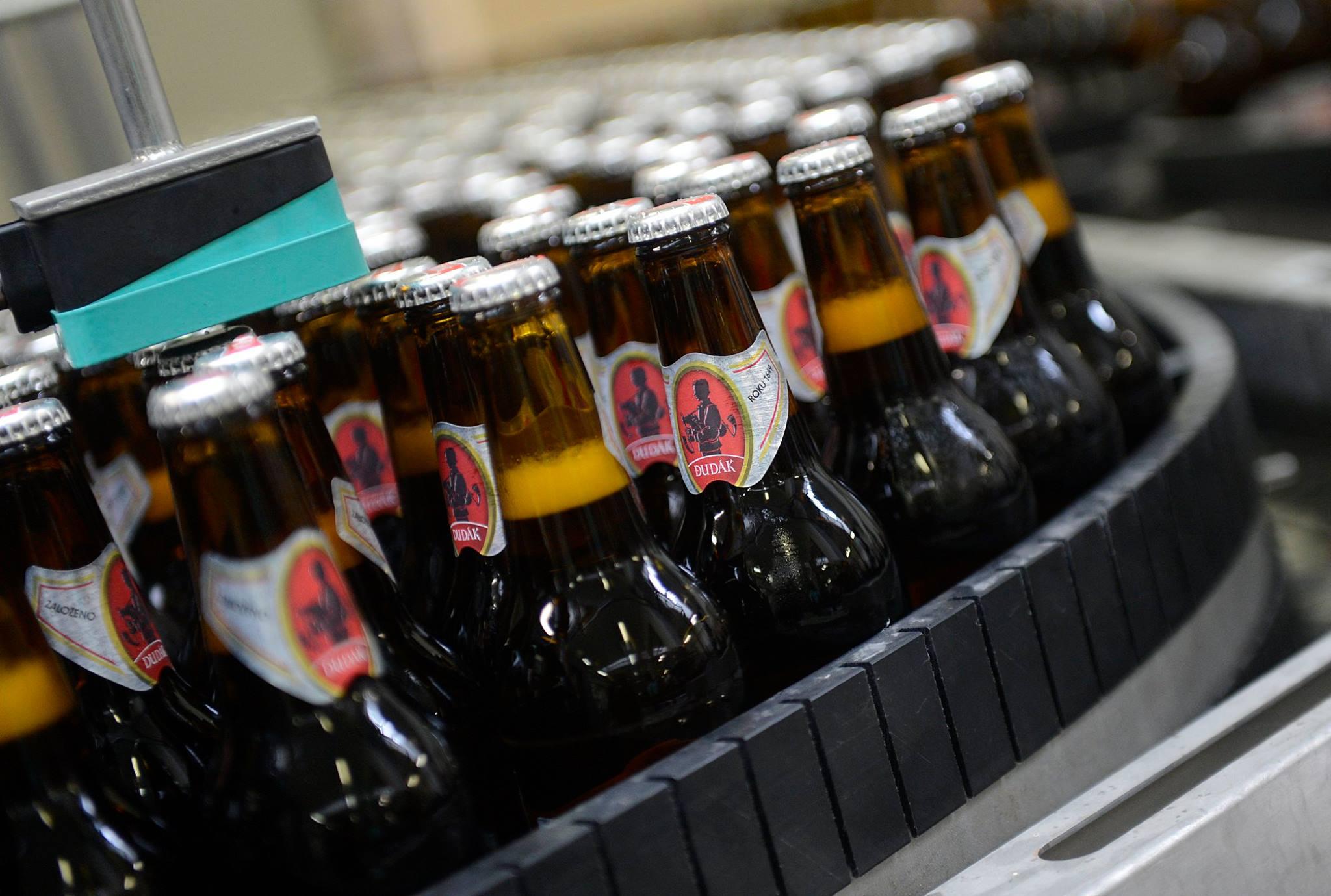 Pivovar Dudák počítá ztráty v milionech korun. Jak dlouho vydrží s rezervou?