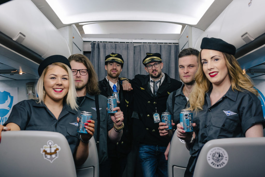 pivovari-pivovary-pivo-brewdog-beer-airlines-sm