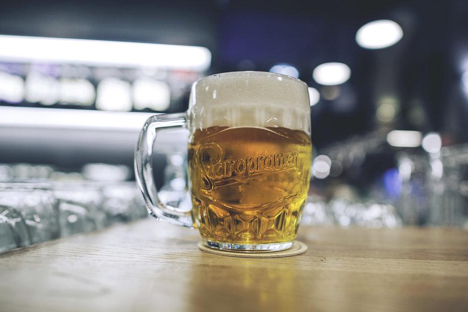 Pivovary Staropramen zdražují čepované pivo