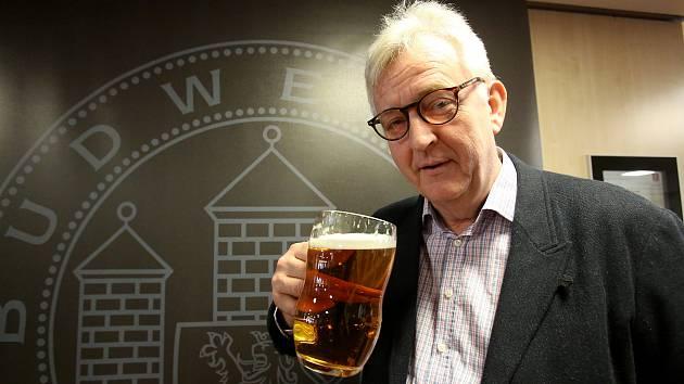 Dobré pivo je jako dobrá hudba říká britský psychiatr Tim Webb je autorem Světového atlasu piva