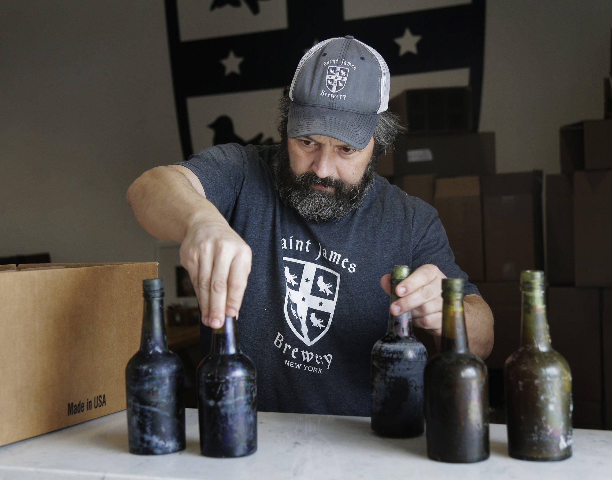 Američan vaří pivo z kvasnic, které našel ve vraku na dně Atlantiku