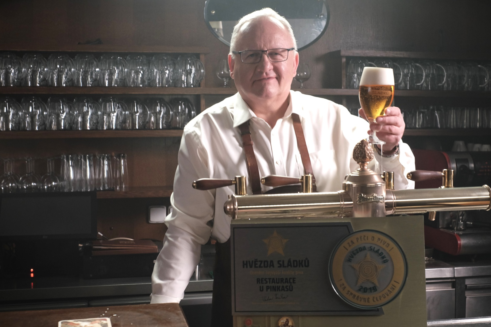 Hvězda sládků: Prazdroj rozjíždí novou certifikaci hospod se špičkově ošetřeným a čepovaným pivem