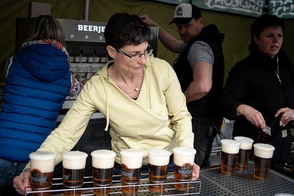 pivovari-pivovary-novinky-redegast-otestoval-beerjet-az-30-piv-za-minutu-04