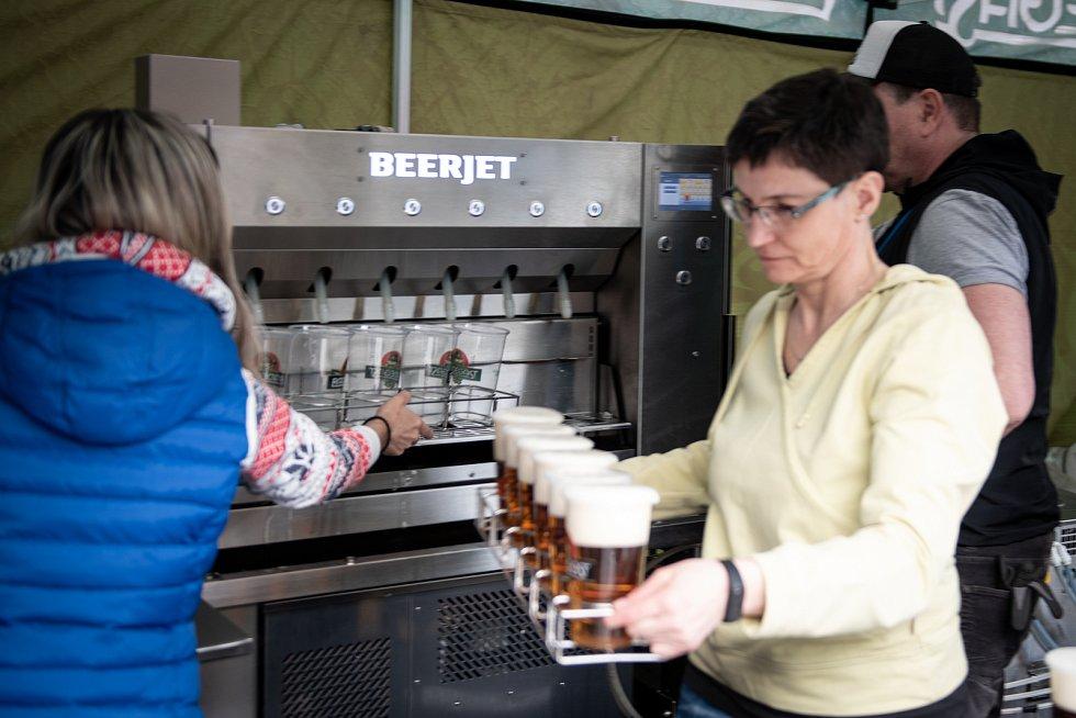 pivovari-pivovary-novinky-redegast-otestoval-beerjet-az-30-piv-za-minutu-06