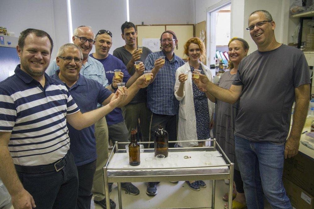 Pivní verze Jurského parku: Izraelští vědci uvařili pivo z kvasnic egyptského pivovaru starého 5 tisíc let