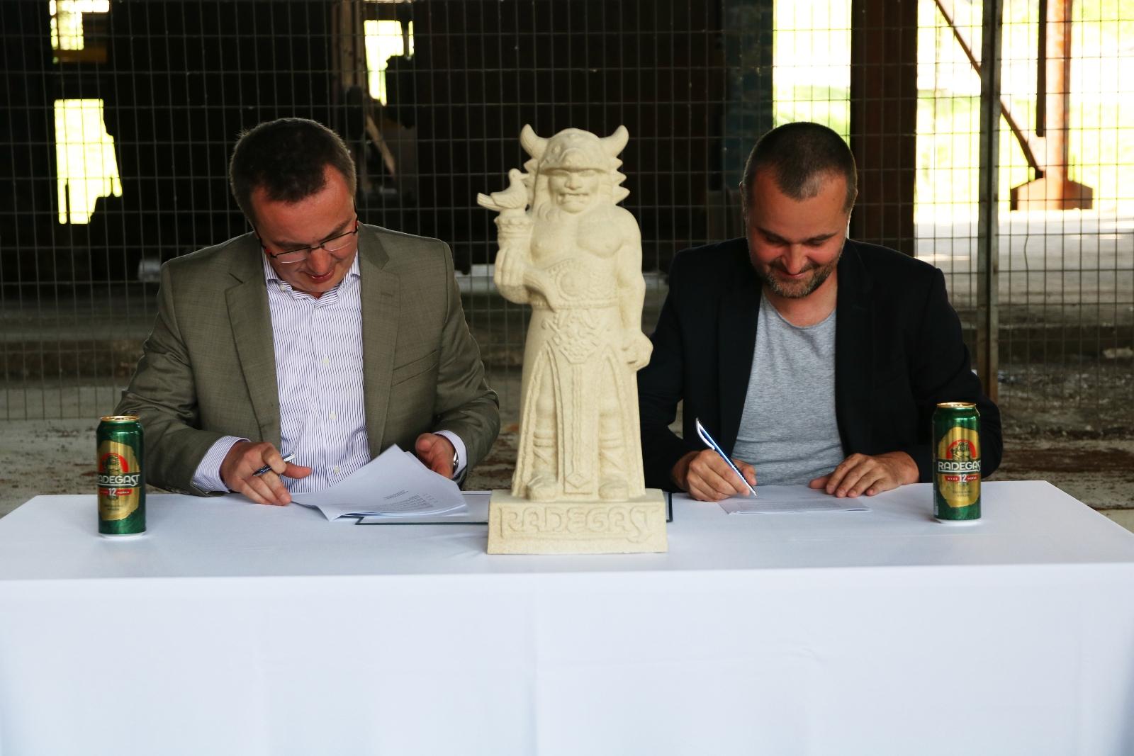 Radegast a Dolní oblast Vítkovice stvrdili partnerství na další roky
