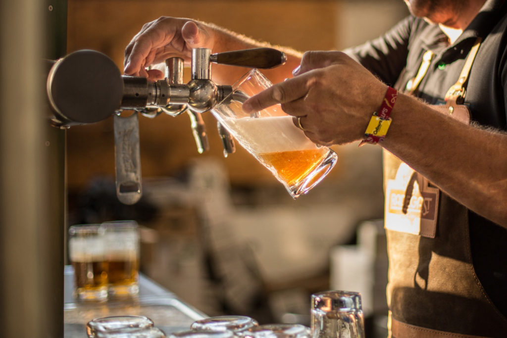pivovari-pivovary-pivni-akce-radegast-bude-na-coloursech-cepovat-z-320-kohoutu