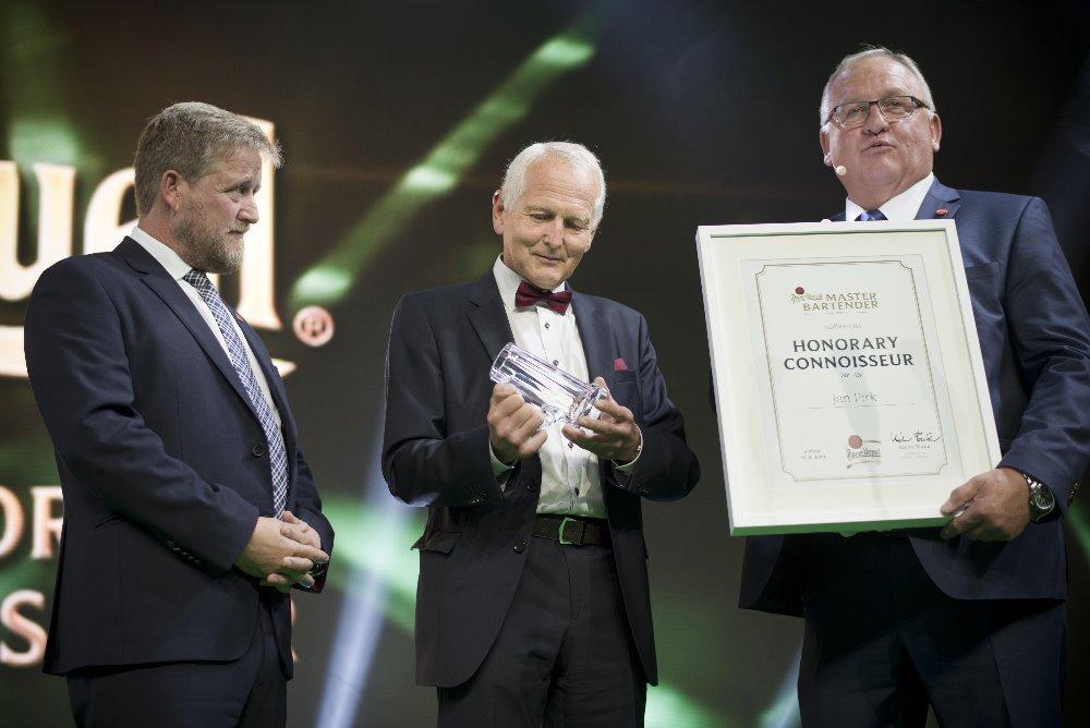 Kardiochirug Jan Pirk se stal držitelem titulu čestného znalce plzeňského ležáku