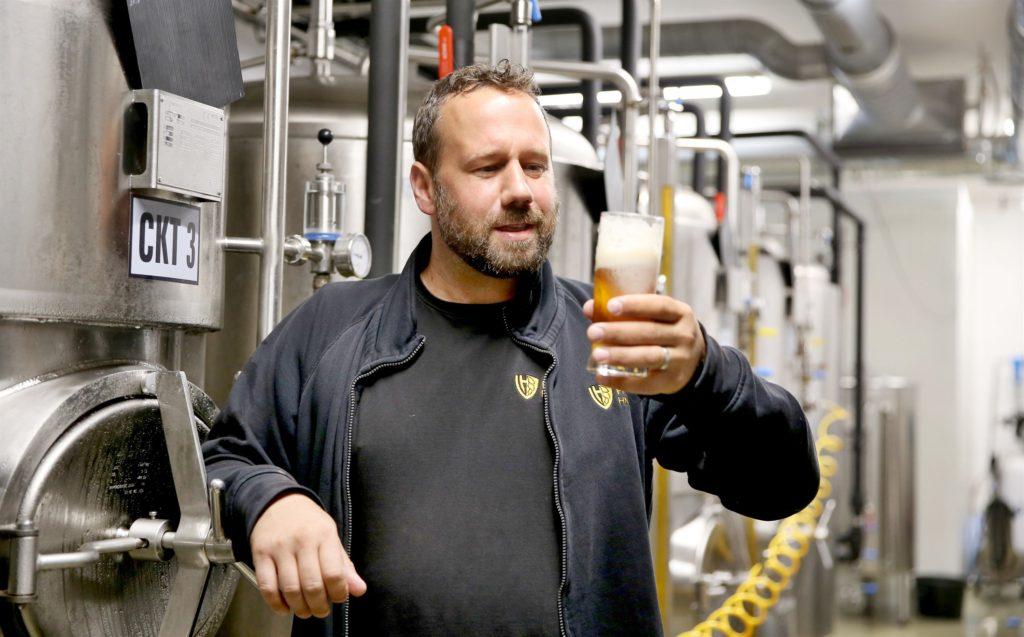 pivovari-pivovary-novinky-sladek-pivo-leto-snizeny-obsah-alkoholu-pivovar-hnanice-milos-jirasek-05