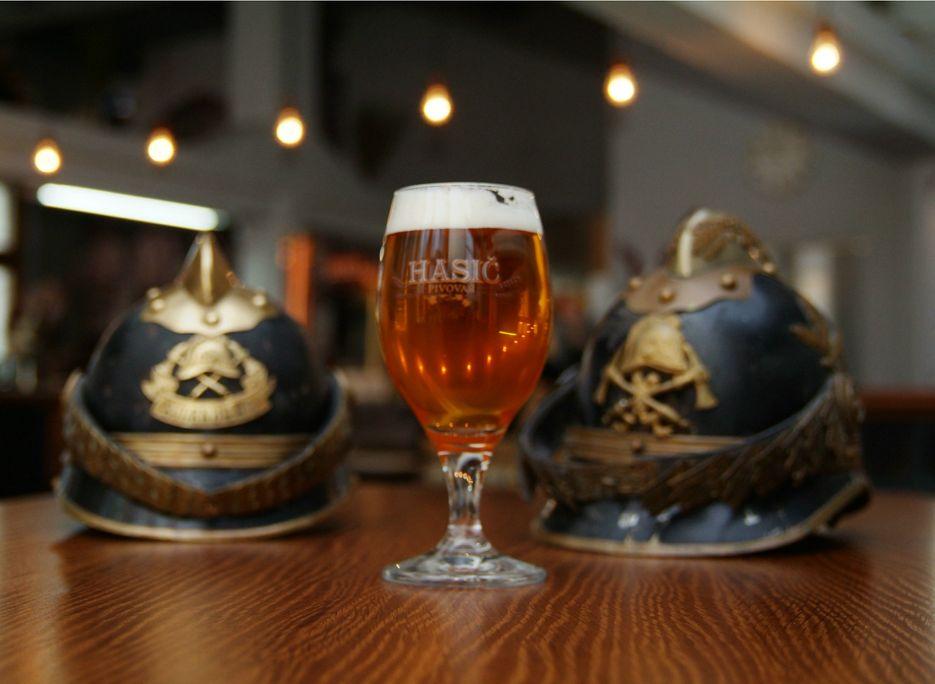 pivovari-pivovary-novinky-spravny-pivni-rizek-podnikatel-z-bruntalu-vari-pivo-v-prvorepublikove-fabrice-04