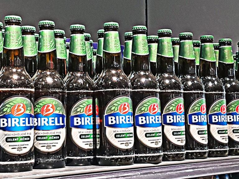 TEST DNES: Pivovary umí lépe pivní limonády než nealko piva