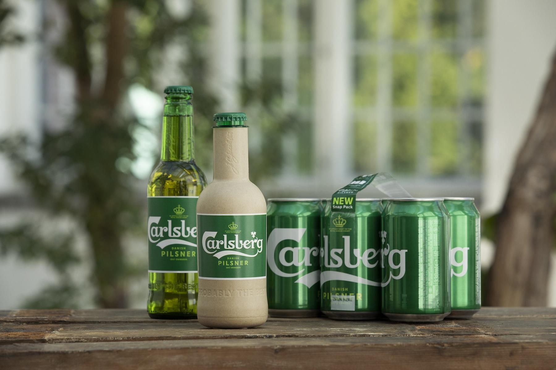 Carlsberg vyvíjí papírovou lahev na pivo