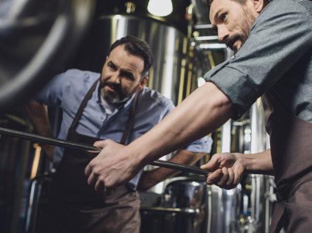 pivovari-pivovary-novinky-konec-malym-pivovarum