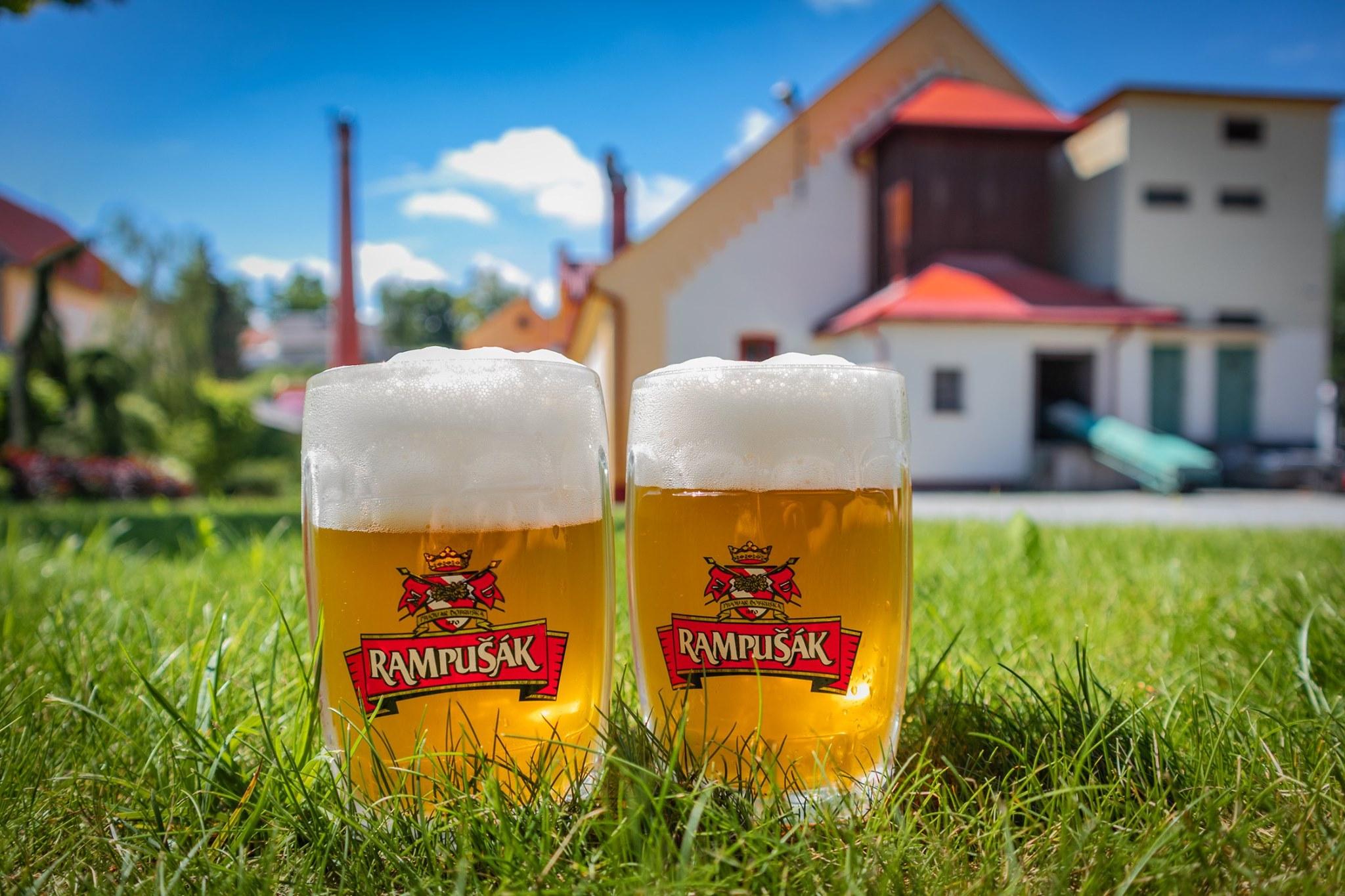 Pivo tu vaří už od středověku. Vydejte se do Dobrušky za tekutým F. L. Věkem