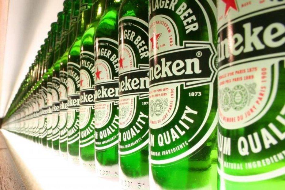 Druhý největší světový producent piva Heineken loni zvýšil tržby i zisk