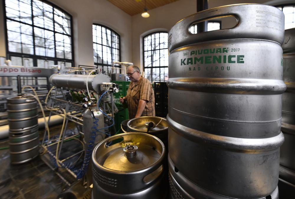 Až 22 tisíc hektolitrů kamenického piva. Pivovar pořídil nové tanky a produkci dvojnásobně zvýšil