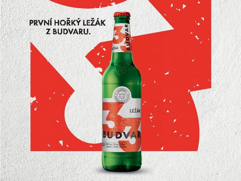 Už ne Budweiser, ale Budvar. Pivovar cílí na domácí trh, nově prodává i hořký ležák