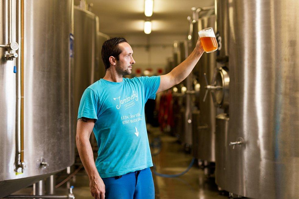 Jarošovský pivovar zachraňuje poptávka po lahvovém pivu