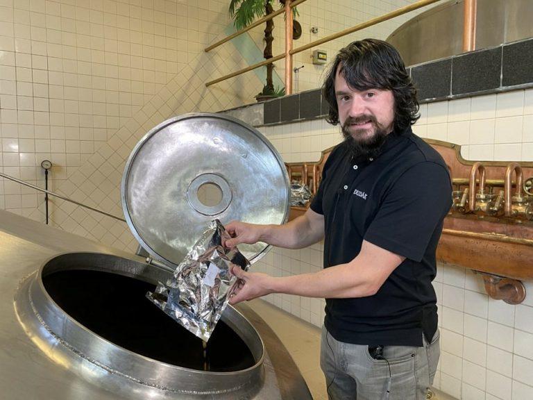 Strakonický pivovar uvařil Letní pivo ze zahraničního chmelu