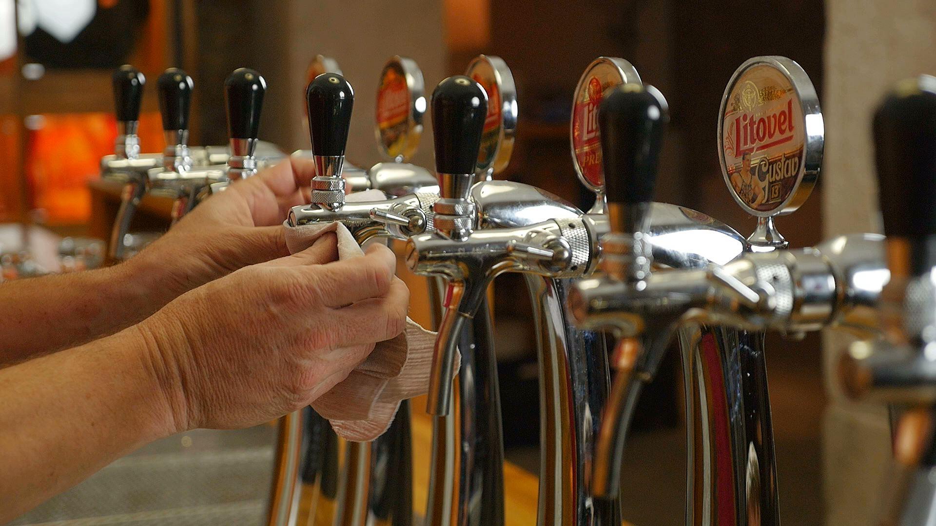 Pivovar Litovel pomáhá hospodským při rozjezdu. Zapůjčuje vybavení a zdarma připravuje výčepní zařízení