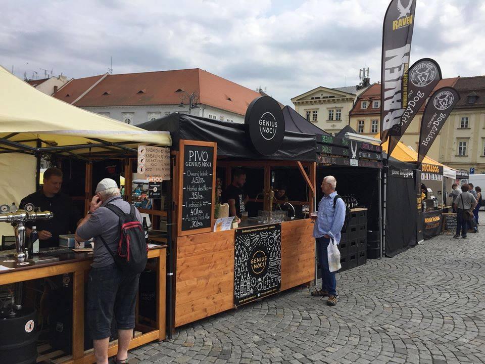 pivovary-pivni-akce-ochutnavky-malych-pivovaru-na-zelnem-trhu-v-brne-2020