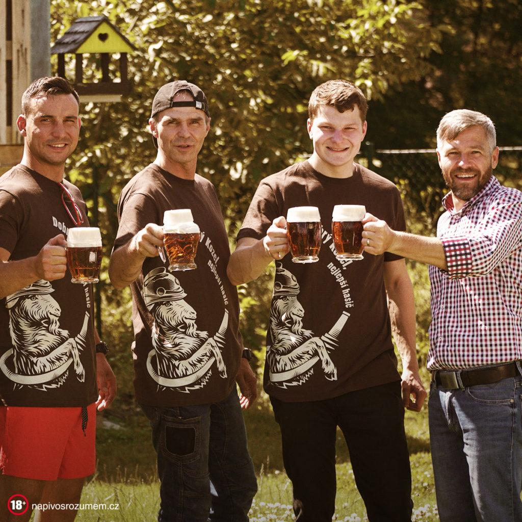 Velkopopovický Kozel děkuje hasičům, pivem odměňuje přes 1500 sborů