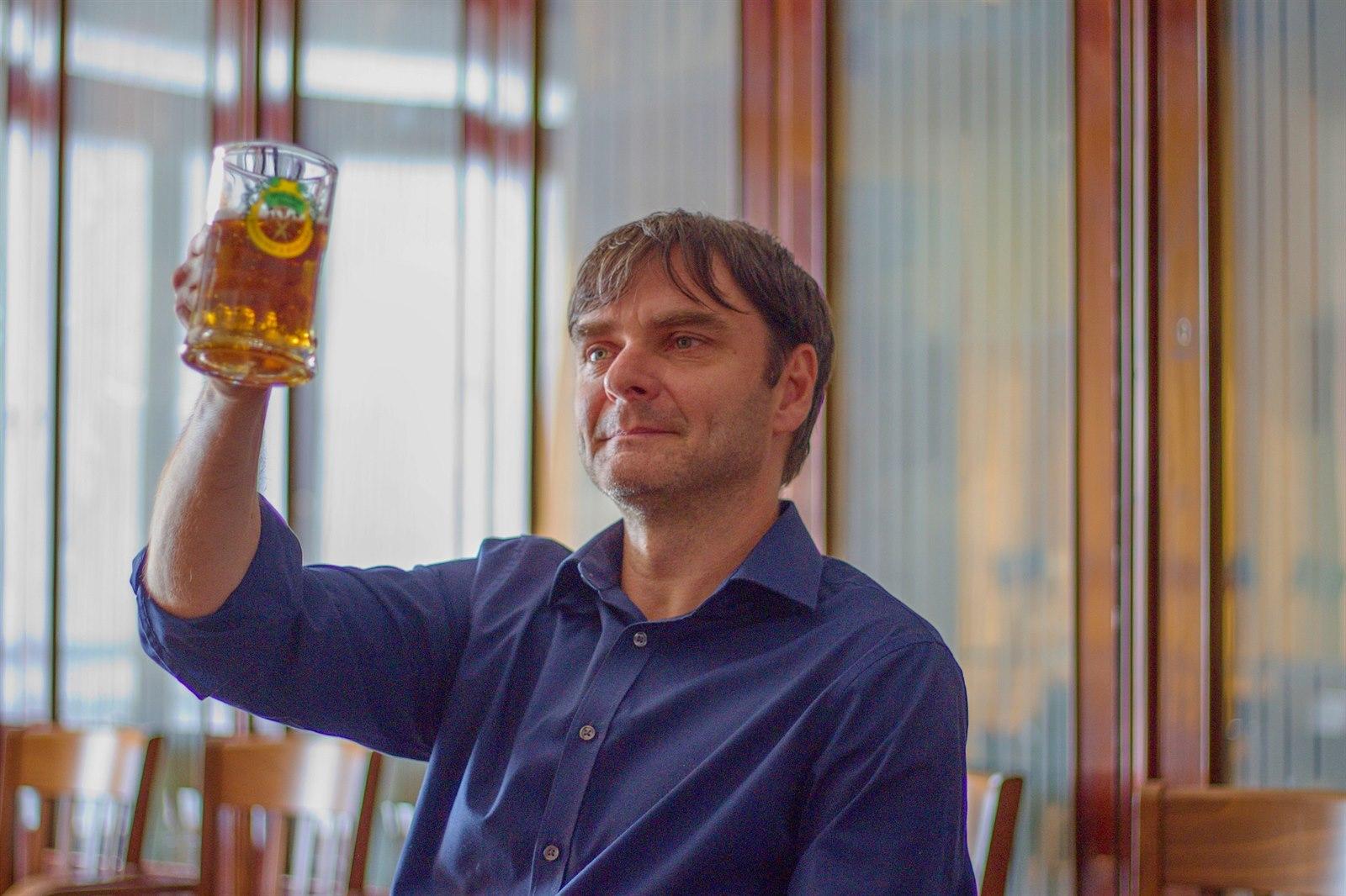 Český ležák je nápoj bohů, říká odborník. Ve špatném pivu ucítíte i ponožky