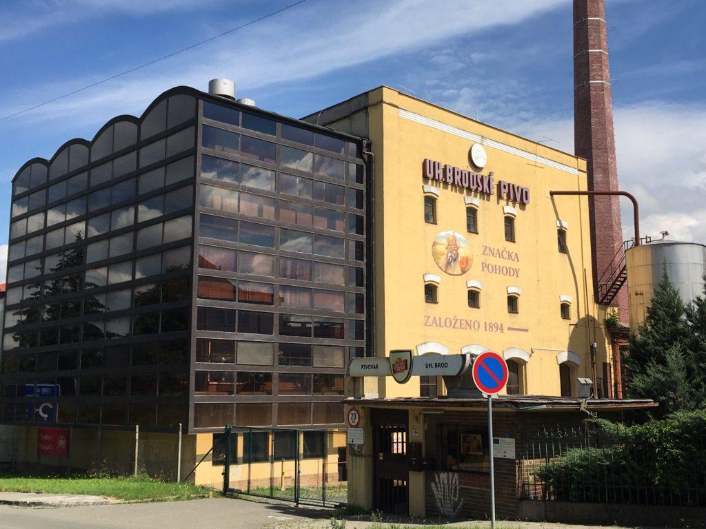 pivovari-pivovary-novinky-staletou-tradici-vareni-piva-v-uherskem-brode-neprerusily-ani-valky