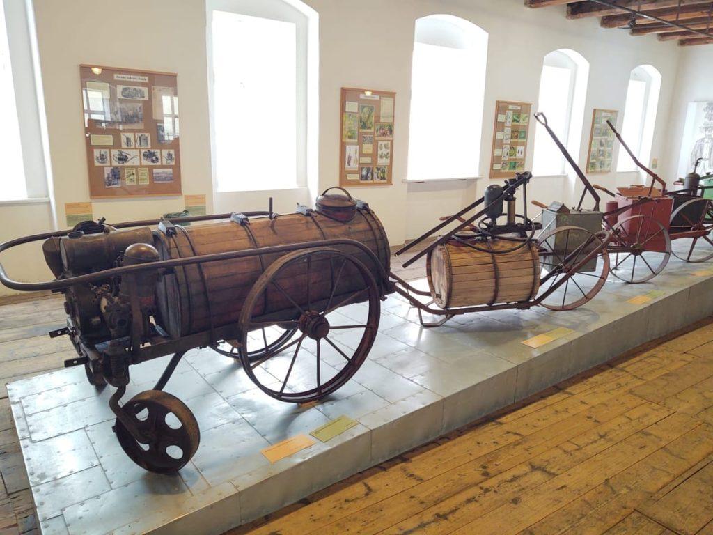 pivovari-pivovary-co-je-zatecka-dratenka-a-jak-chutna-mistni-pivo-zjistite-v-chmelarskem-muzeu_07