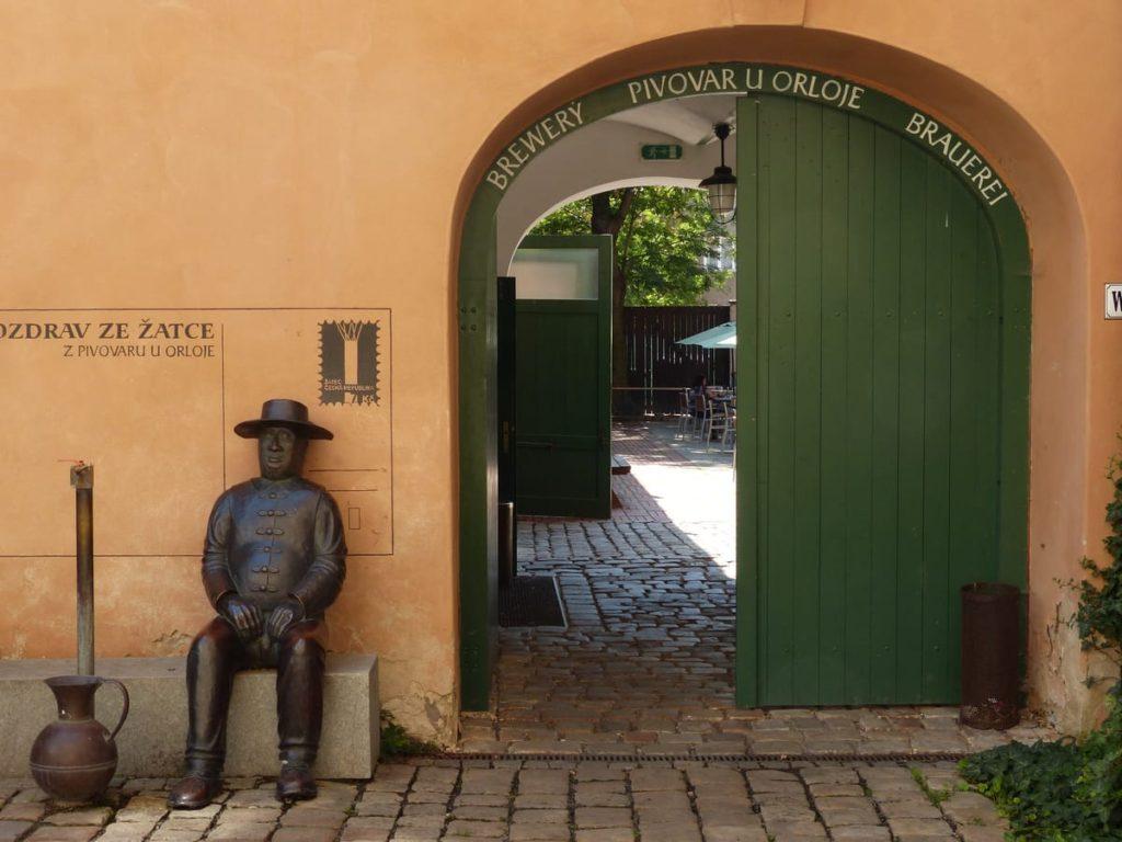 pivovari-pivovary-co-je-zatecka-dratenka-a-jak-chutna-mistni-pivo-zjistite-v-chmelarskem-muzeu_09
