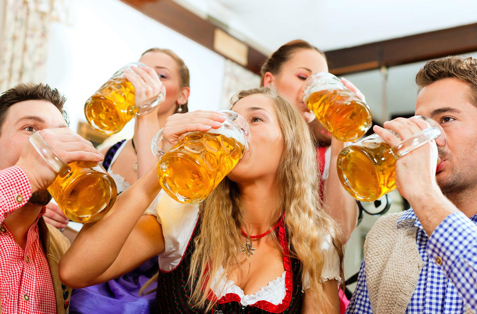 Německo bez Oktoberfestu. 'Důvody chápeme, člověka to ale zabolí,' říká pracovník pivovaru