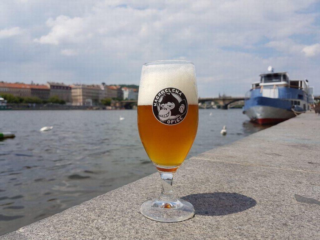 pivovari-pivovary-novinky-nas-nazev-je-velka-prednost-rika-sladek-pivovaru-nachmelena-opice-michal-kurec-07