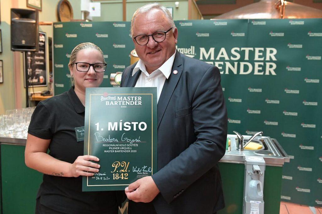 Nejlepší výčepní Moravskoslezského kraje je Barbora Gojová. Postupuje do národního finále soutěže Pilsner Urquell Master Bartender