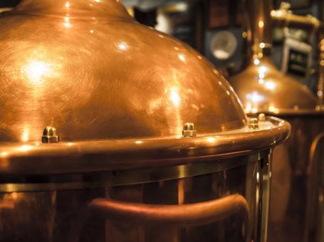 pivovari-pivovary-novinky-vyrobu-zatim-omezilo-20-minipivovaru-podle-svazu-prichazi-krize