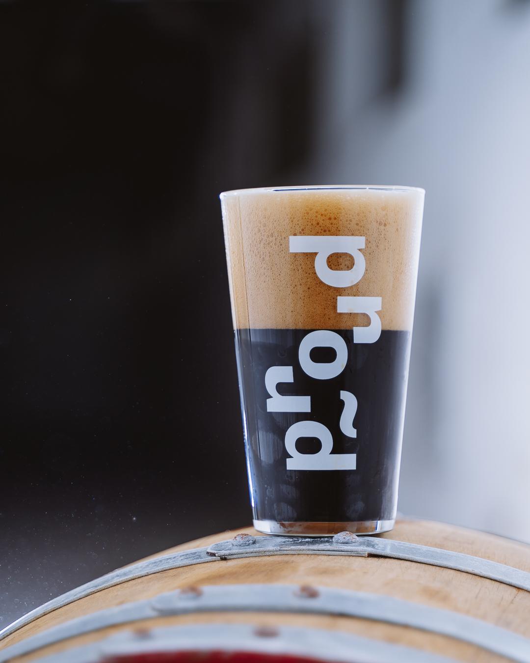 V Plzni zahájil provoz experimentální minipivovar PROUD – nabídne pivní speciály včetně malých sérií piv