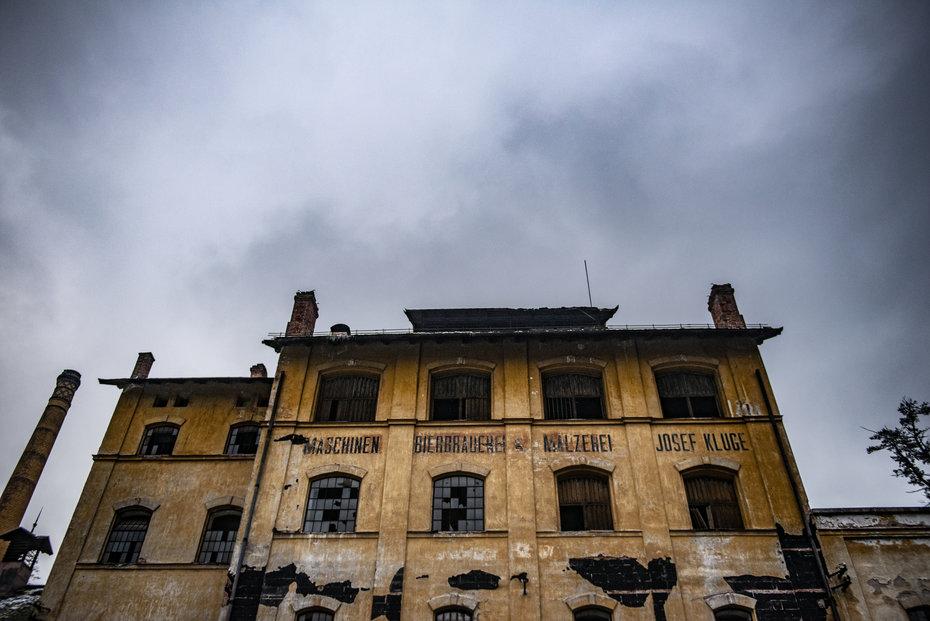 Pražský architekt chce zachránit chátrající areál v Podkrkonoší. Investice odhaduje až na 500 milionů